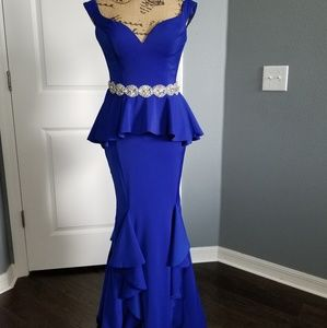 JOVANI PROM/PAGEANT/FORMAL DRESS/BLUE GOWN